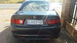 I'm selling my hound accord 2004