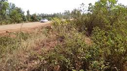 Rukenya, Kirinyaga: 1 Acre with water next to Kutus-Kianyaga Road