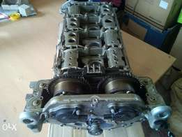 Mercedes R271 cylinder head complete with camshafts and gears.