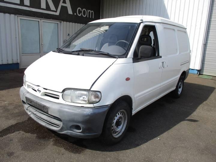 Nissan Vanette Cargo 2.3D - 2000