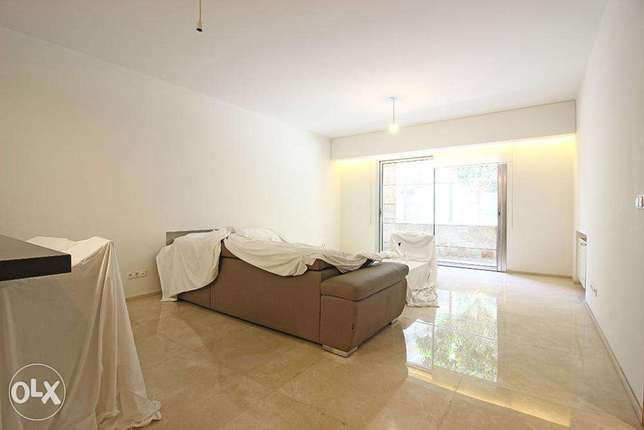 Furnished Studio with Terrace in Down Town
