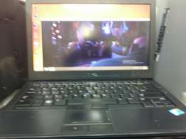 Dell core i5 for sale good condition with original charger