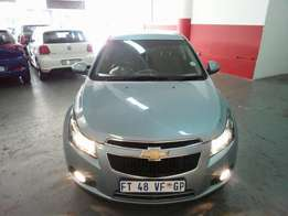 2010 Chevrolet Cruze 1.6, Color Sky Blue, Price R105,000.