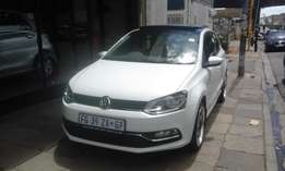 Vw polo TSI 1.2 white in color 2016 model 5000km R222000 confort line