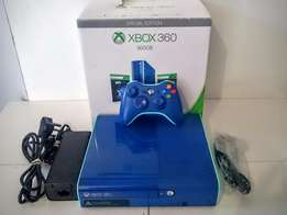 Xbox 360 Limited Edition Blue, 500GB Super Slim Great Condition!