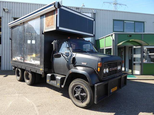 GMC podiumwagen,foodtruck,vip lounge,brigadier 80 - 1980
