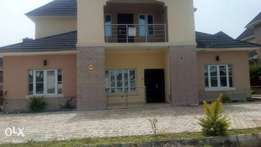 Newly completed 4 bedroom duplex