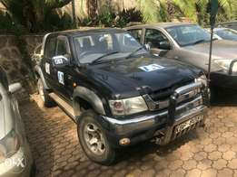 Very clean Toyota Hilux owned by N.G.O model 2004