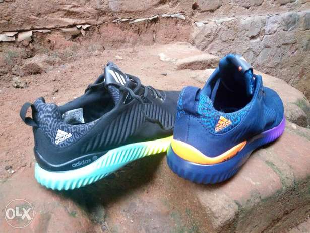 Adidas alpha bounce, A neutral running shoe with breathable light weit Kampala - image 5