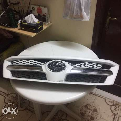 Ortigas Toyota Hilux 2008 Front Grille without the Toyota Logo.