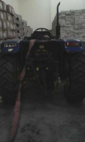 Tractor Selling for Half Price Donholm - image 3