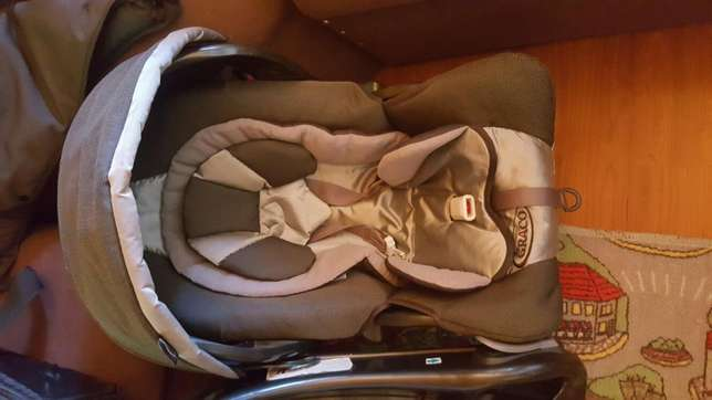 Complete Graco travel system Motsethabong - image 4