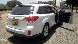 Quick sale Subaru outback very clean