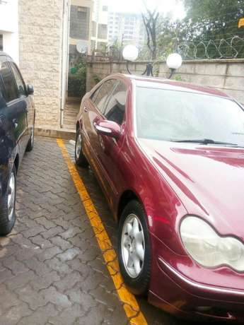 Mercedes Benz C200 Wine Red Nairobi CBD - image 3