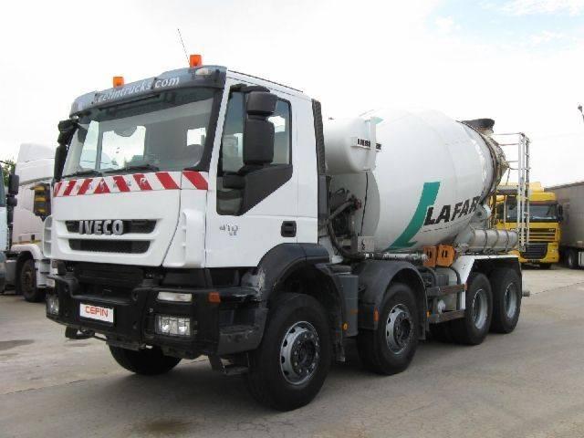 Iveco AD410T - 2011