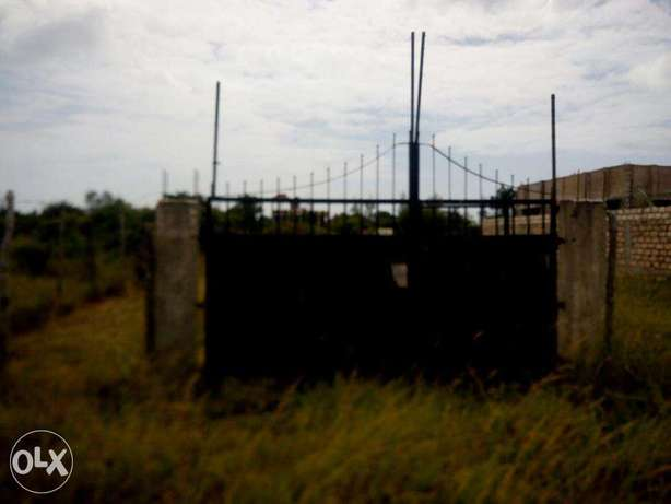 Fenced and Gated 50 x 100 plot near JCC Utange Mombasa Island - image 2