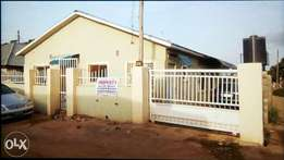2bedroom flat for sale 1km away from Apo shoprite