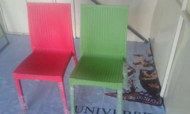 Quality and comfortable plastic chairs Ruai - image 3