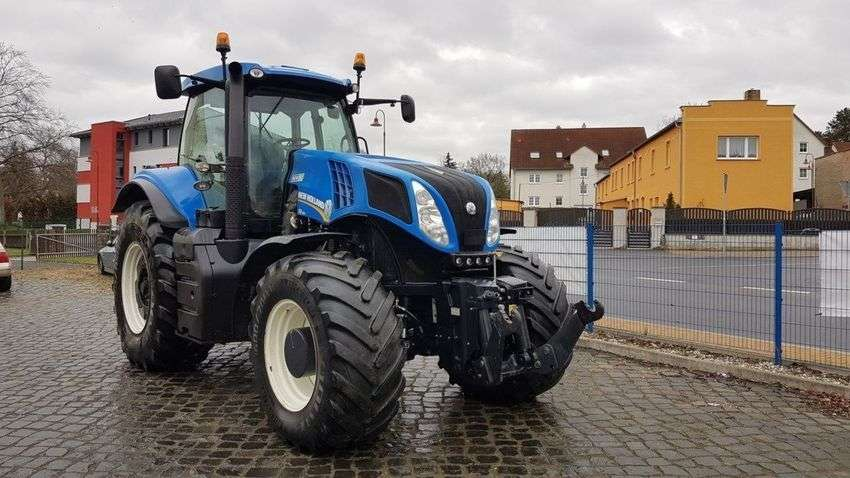 New Holland T 8.360 - 2011 - image 2