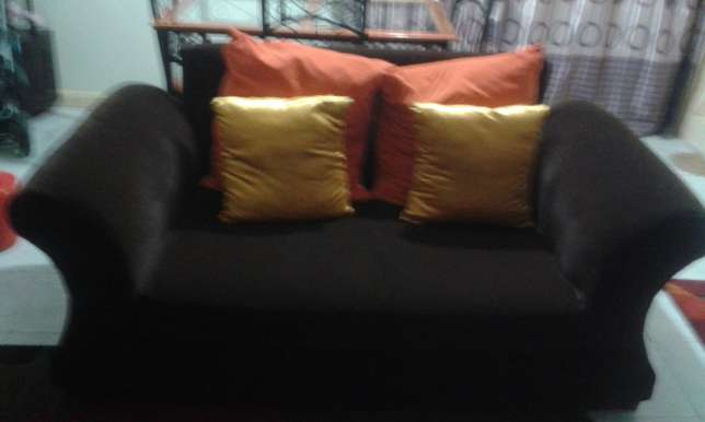 5 Seater brown sofa set Woodly - image 2