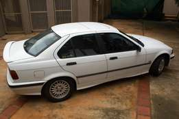 1997 BMW318is