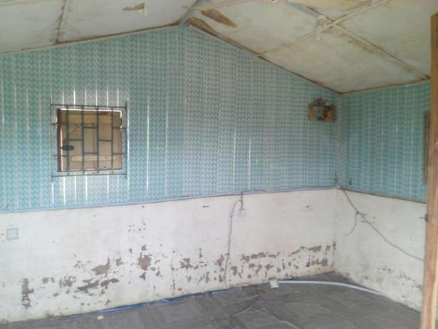 For Sale: Office Shop at kwara Polytechnic Ilorin West - image 2