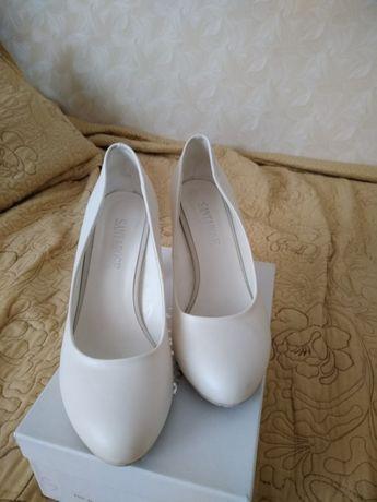 Свадебные туфли d40cac23989d9