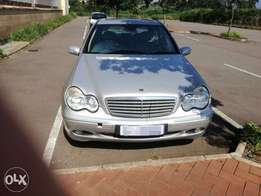 Mercedes Benz c220 cdi automatic R60 000 neogatable Tongaat