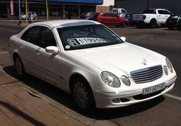 2003 Mercedes Benz E240 Elegance Automatic - EXCELENT CONDITION