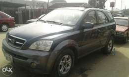 Naija used kia sorento 2005 model for sale