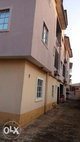 Fantastic Luxury 2 Wings 5bed Rooms Duplex wit Bq at Ajao Estate. CofO Lagos Mainland - image 2