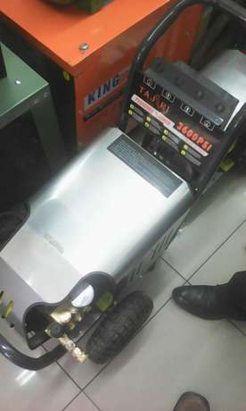 New and high quality electric and gasoline carwash pumps Nairobi CBD - image 1