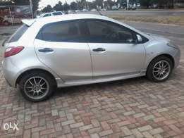 mazda2 to swop with automatic car