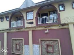 3bed rooms flat at Muslim area, along lagos-ibadan expressway Ibadan.