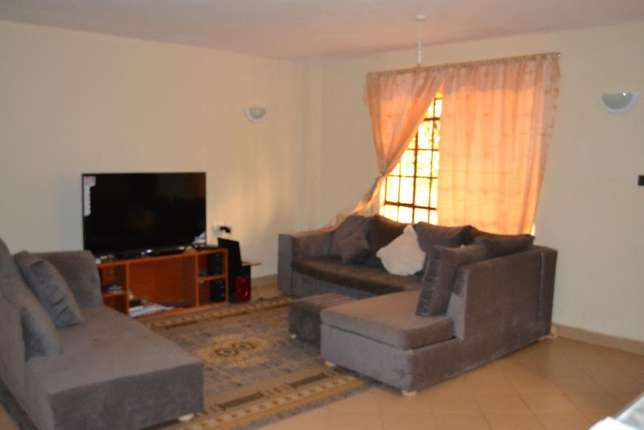 Superb modern 4 bedroom Furnished Maisonette to let 3 kms from Ruaka Ruaka - image 5