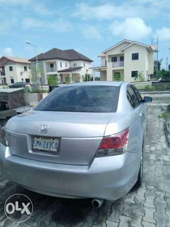 Honda Accord 2009 Lagos Mainland - image 2