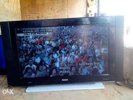 42 inches Phillips LCD TV. Direct Tokunbo from Alaba