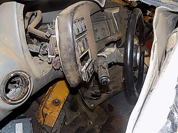 Bell B30D Cab Stripping for Spares Memel - image 3
