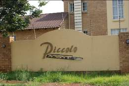 A very neat modern unit for rent in Die Hoewes Centurion