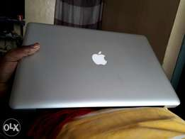 MacBook Pro 15.4 Inch - Core i5 DEAD LOGIC BOARD
