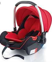 Carrycots/carseats