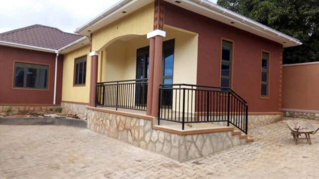 Cheap Double room for rent in kiira Wakiso - image 4