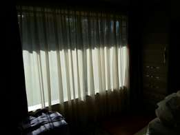 Lace curtains in excellent condition.