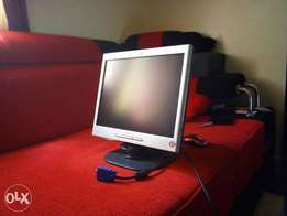 "Xmas offer on HP tft 14"" in mint condition"