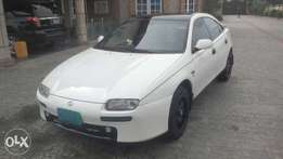 clean white mazda car for sell