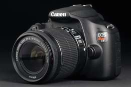 Canon EOS T5 with all accessories