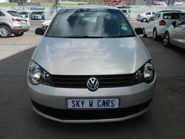 vw polo vivo 1.4 hb 2011 model 94000km silver in color R72000