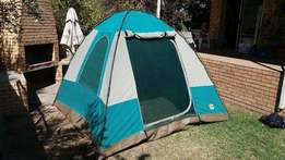Dome tent and double camping bed