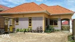 Brand new 4bedroom bungalow in Kinaawa all self-contained at 350M
