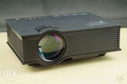 UNIC Projector